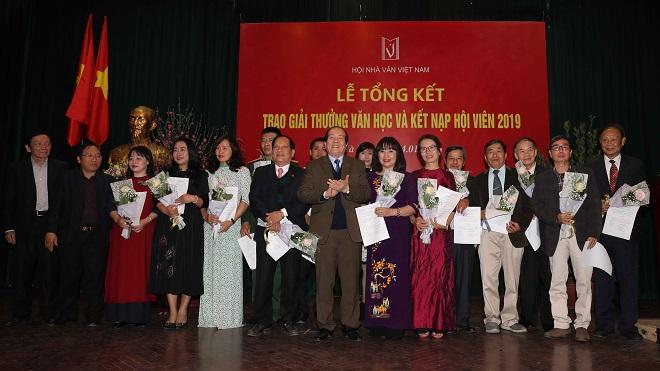 Hội Nhà văn Việt Nam trao Giải thưởng Văn học năm 2019 cho 8 tác phẩm xuất sắc