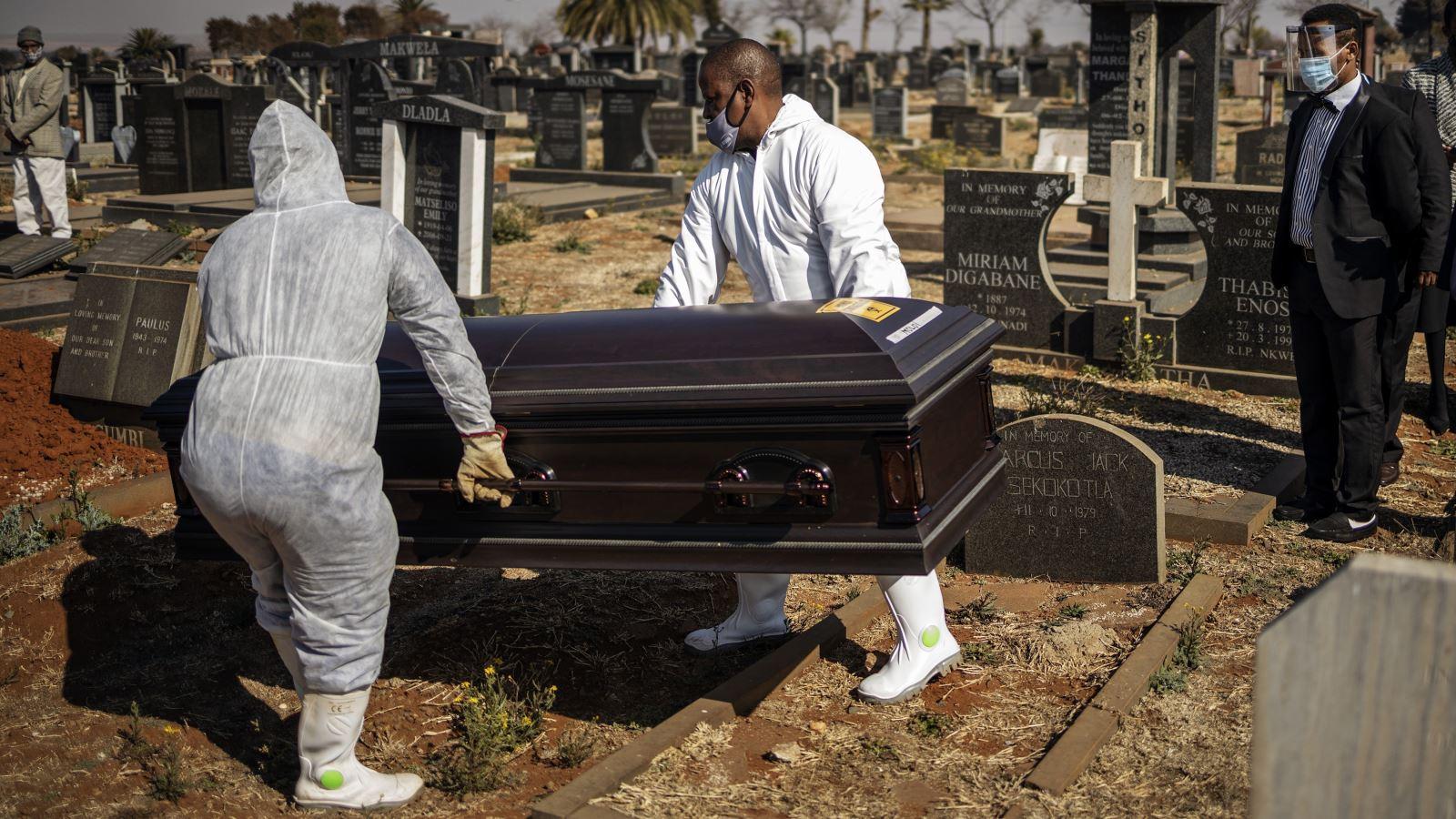 Dịch COVID-19 ngày 4/12: Thế giới có 65.733.549 ca bệnh, hơn 1.515.516 ca tử vong
