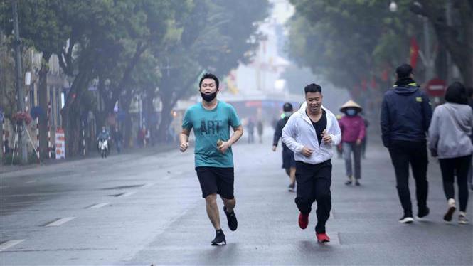 Dịch Covid-19: Nhiều người dân Hà Nội còn chủ quan trong việc thực hiện đeo khẩu trang