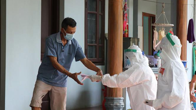 Dịch Covid-19 tối 19/9: Thêm 3 nhân viên y tế dương tính, Hà Nội ghi nhận 19 ca trong 24 giờ qua