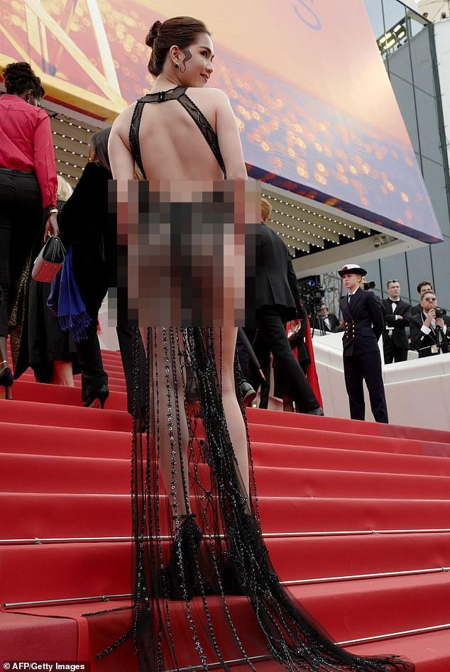 Cannes, LHP Cannes, thảm đỏ Cannes, thảm đỏ LHP Cannes, Annette, thảm đỏ Annette, scandal Cannes, liên hoan phim, Ngọc Trinh