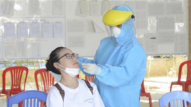 Kỳ thi tốt nghiệp THPT 2021: Thí sinh không về được Thành phố Hồ Chí Minh có thể đổi địa điểm thi