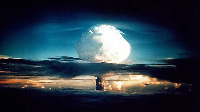 Báo nước ngoài: Tên lửa Hwanson-15 của Triều Tiên có thể vươn tới Washington, hậu quả vô cùng đáng sợ