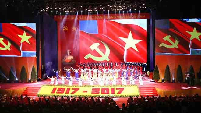 Tổng Bí thư Nguyễn Phú Trọng: Cách mạng Tháng Mười Nga đã 'làm rung chuyển thế giới'