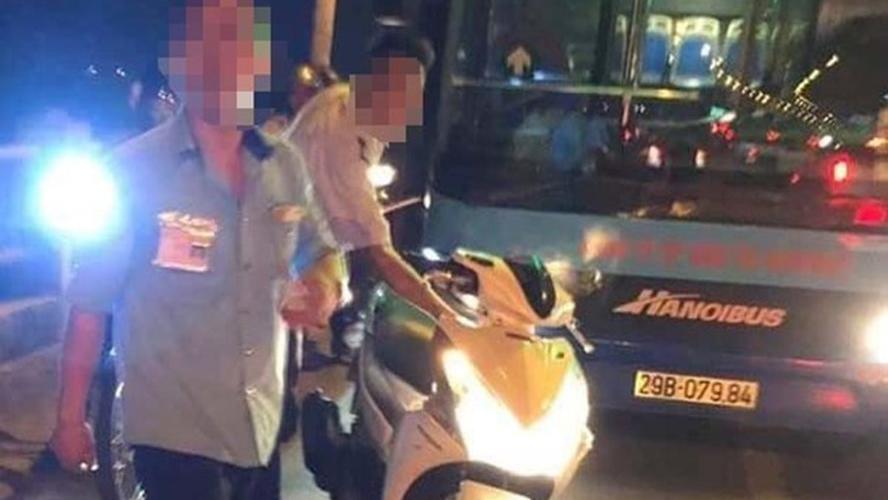 Làm rõ thông tin lái và phụ xe buýt hành hung người đi đường vì bị nhắc nhở