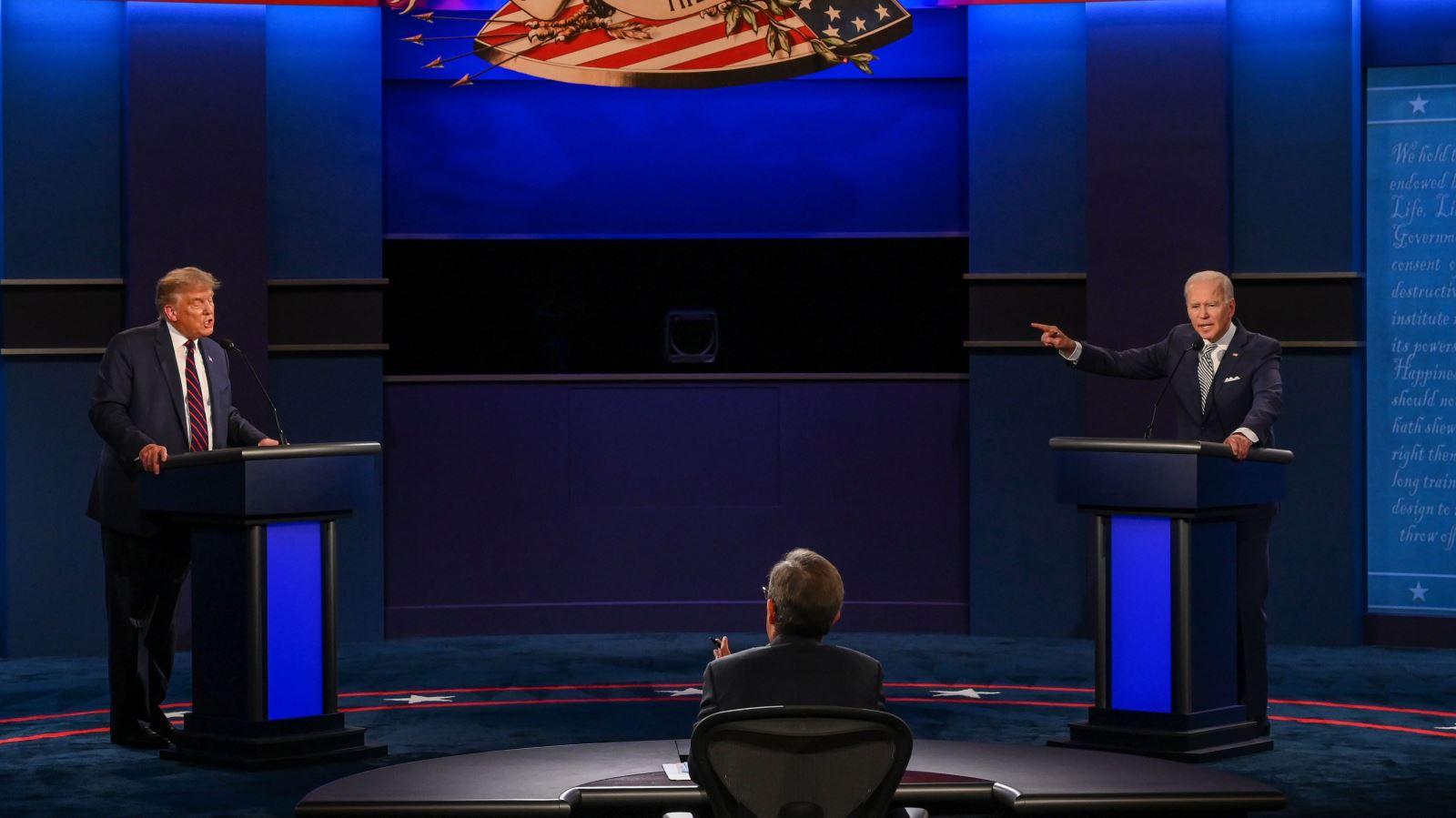 Bầu cử Mỹ 2020: Lập trường rõ ràng của mỗi ứng cử viên tổng thống sau phiên hỏi - đáp trực tiếp với cử tri