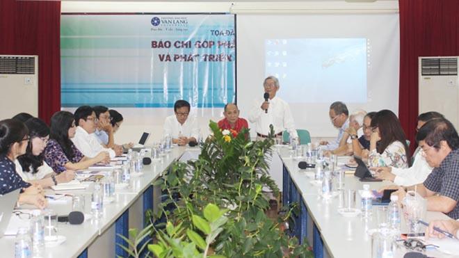 Tọa đàm báo chí tại TP.HCM: Nhà báo nói thẳng, nói thật về báo chí