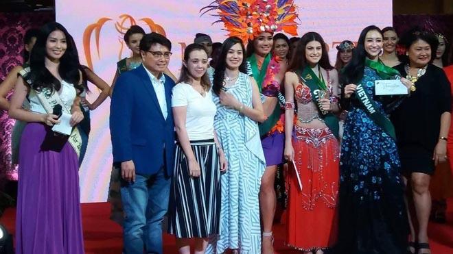 Miss Earth 2017: Á hậu Hà Thu bất ngờ giành Huy chương Đồng tài năng