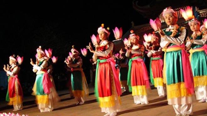 Tết của các nghệ nhân hò Cửa Đình, múa hát Bài Bông
