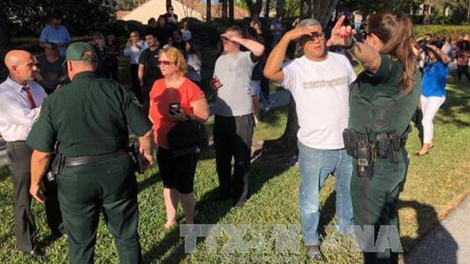 Mỹ: Lại xảy ra xả súng tại trường học, 17 người thiệt mạng