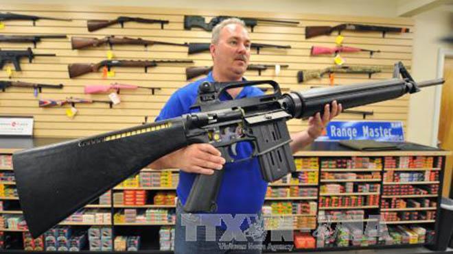 Liên tục thảm sát, nhưng tại sao Mỹ chưa thông qua dự luật kiểm soát súng đạn?