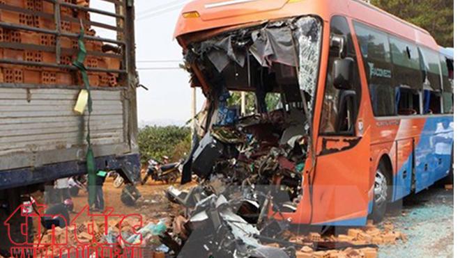 Ngày nghỉ lễ 30/4 xảy ra 36 vụ tai nạn giao thông làm 26 người tử vong