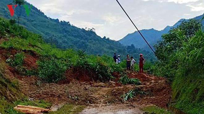 Sạt lở đất làm hai bà cháu tử vong tại Bảo Yên, Lào Cai