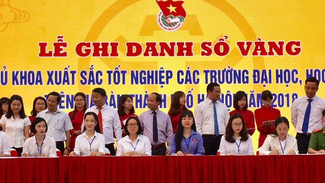Hà Nội tổ chức lễ ghi danh Sổ vàng tại Văn Miếu - Quốc Tử Giám các thủ khoa xuất sắc