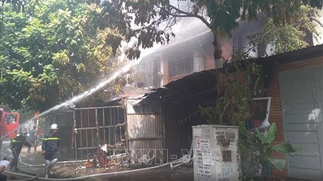 Hà Nội: Dập tắt đám cháy tại khu đô thị Trung Văn