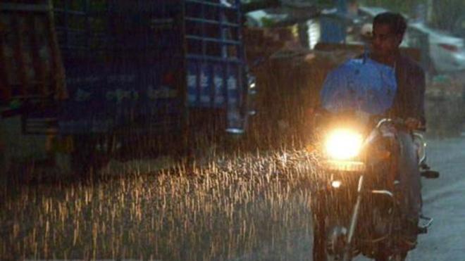 Dự báo thời tiết ngày 10/12: Tây và Đông Bắc Bộ có nơi rét hại, nhiệt độ thấp nhất từ 9-14 độ C