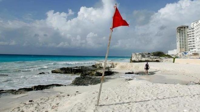Xả súng tại khu nghỉ dưỡng Cancun nổi tiếng của Mexico