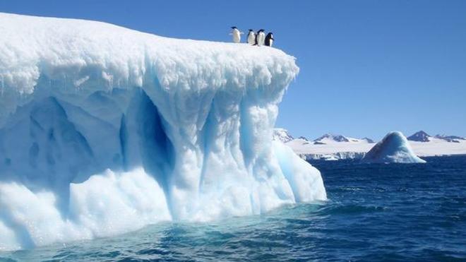 Nắng nóng kỷ lục lan tới Bắc Âu, đe doạ tan băng Nam Cực