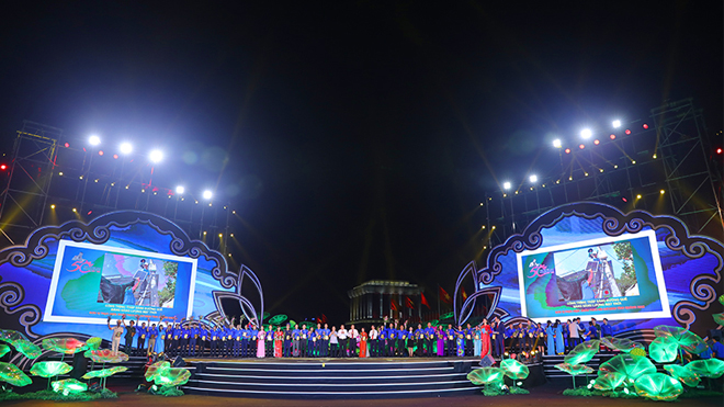 Chương trình 'Tuổi trẻ Việt Nam- Nhớ lời di chúc theo chân Bác' mang đậm dấu ấn về chủ tịch Hồ Chí Minh