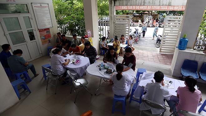 Vụ cháy tại Công ty Cổ phần Bóng đèn phích nước Rạng Đông: Khám sức khỏe cho người dân và tẩy độc môi trường