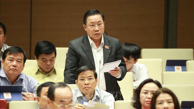 Nhiều đại biểu Quốc hội yêu cầu xử lý thật nghiêm Thượng úy công an hành hung nhân viên bán hàng