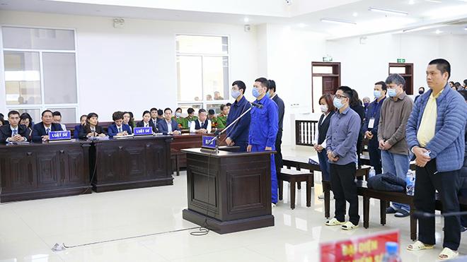 Xét xử vụ án tại CDC Hà Nội: Bị cáo Nguyễn Nhật Cảm bị tuyên phạt 10 năm tù