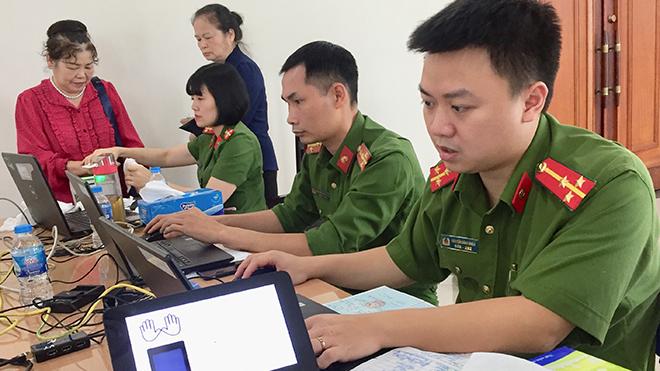 Gần ba triệu người dân Hà Nội đã được làm thủ tục cấp căn cước công dân