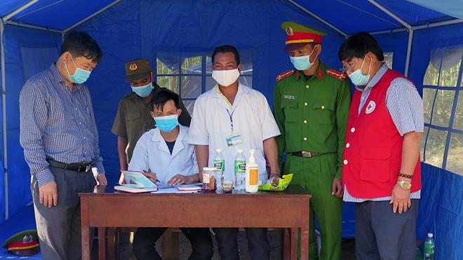 Các trường hợp F1 ở Phú Yên đều âm tính lần 1 với virus SARS-CoV-2