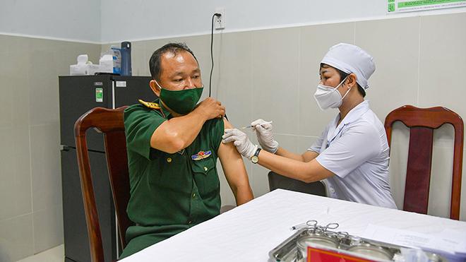 Trên 55.000 người được tiêm chủng vaccine Covid-19 an toàn
