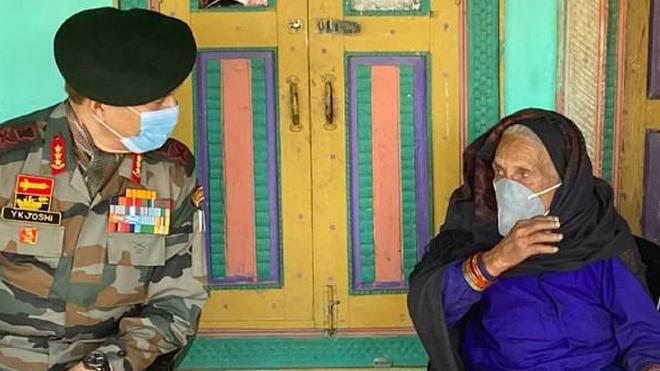 Cụ bà 121 tuổi trở thành tấm gương chống dịch Covid-19 ở Ấn Độ