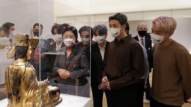 Phu nhân Tổng thống Hàn Quốc hết lời khen ngợi BTS