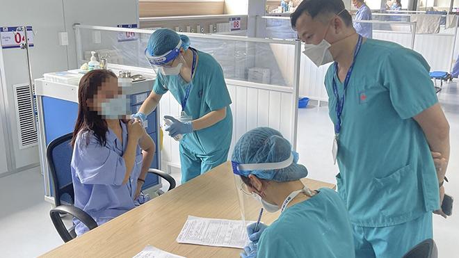 Hà Nội phát hiện 11 ca mắc Covid-19 liên quan Bệnh viện Việt Đức