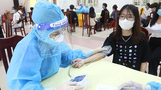 Mở rộng tiêm vaccine Covid-19 cho trẻ từ 12-17 tuổi