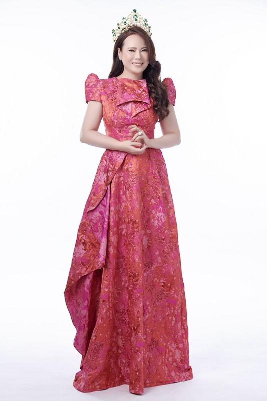 Quán quân Người mẫu Quý bà Việt Nam 2018, Mrs Việt Nam 2018 Trần Thị Hiền