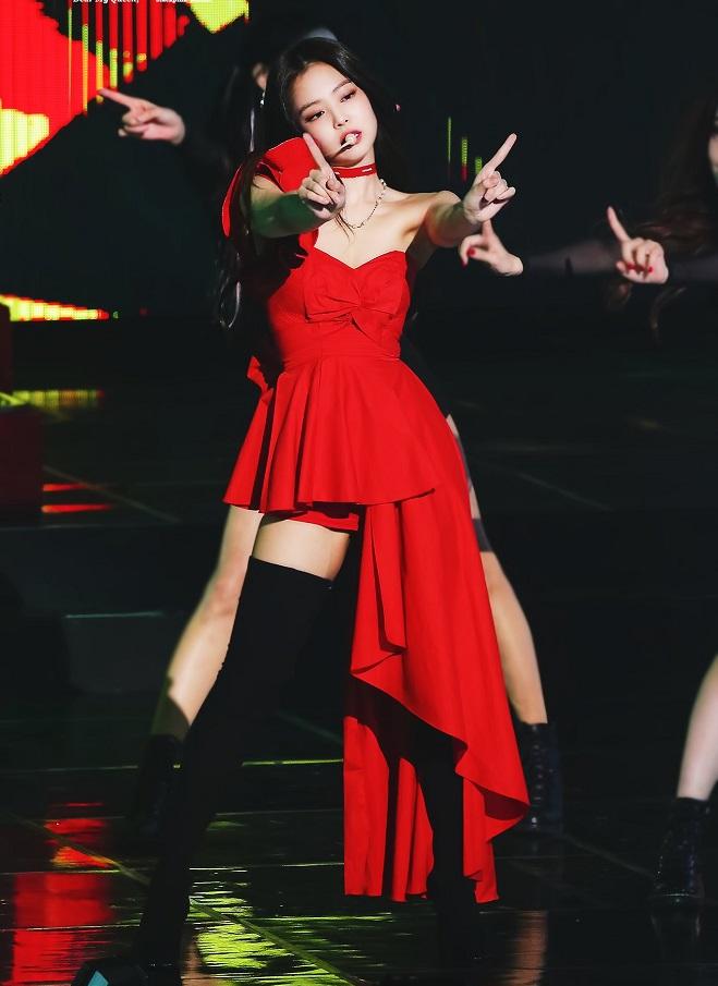Blackpink, jennie, jennie blackpink, Jennie red, Chanel