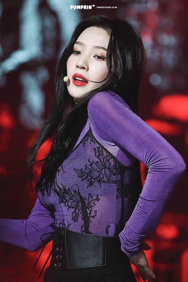 Kpop, blackpink, twice, red velvet, jennie, lisa, sana, joy, shuhua, everglow, mamamoo