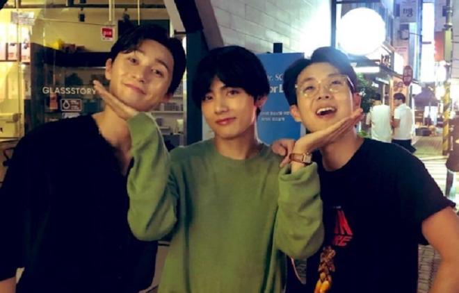 BTS, V, Park Seo Joon, hội anh em Wooga, nam diễn viên park seo joon, Choi Woo Shik, Park Hyung Sik, Peakboy.