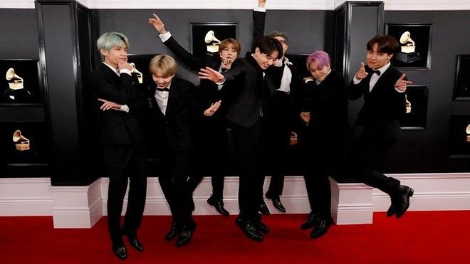 BTS, BTS hài hước, Jungkook, Jin, Jimin, V, Suga, J-Hope, RM, bts đánh nhau, bts funny