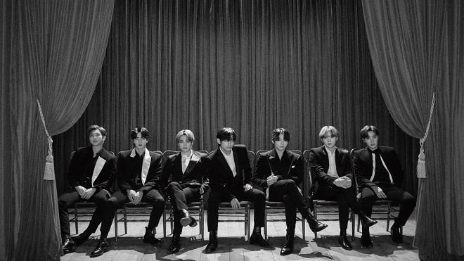 BTS, V, Jin, Suga, IU, BTS 2020, con người thật của BTS, NUEST, baekho, paul kim, v bts, jin bts, suga bts, iu suga, ca khúc eight, bts gif, bts video