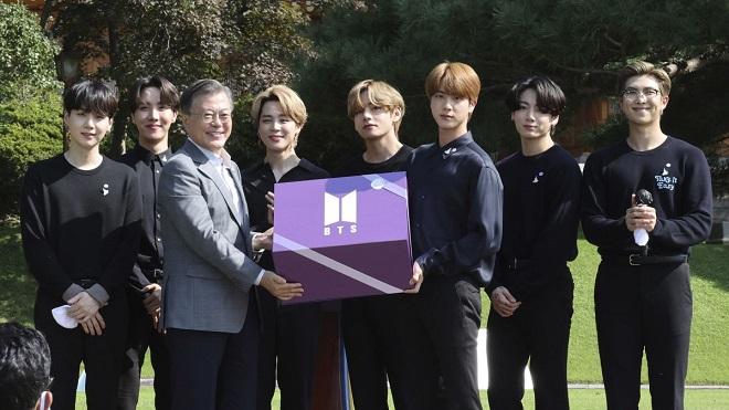 Nếu không được đặc cách, BTS sẽ cùng nhau nhập ngũ năm 2025?
