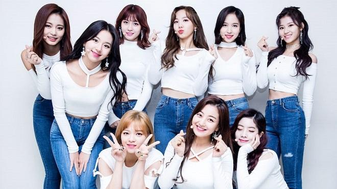 Twice, Mina, Nayeon, Tzuyu, Twice 2020, ảnh Twice, Mina Tzuyu, bộ đôi nhan sắc của Twice, mina twice, mina tzuyu gif, ảnh mina tzuyu, twice hài hước, twice phỏng vấn