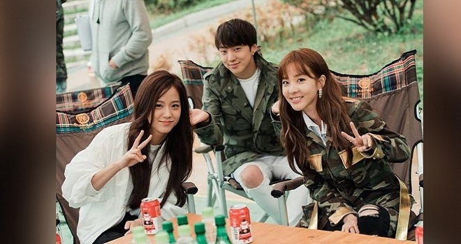 Blackpink, Jennie, Jisoo, Lisa, Rosé, Sandara Park, tình bạn giữa Blackpink và 2NE1, 2NE1, Blackpink ảnh, blackpink instagram