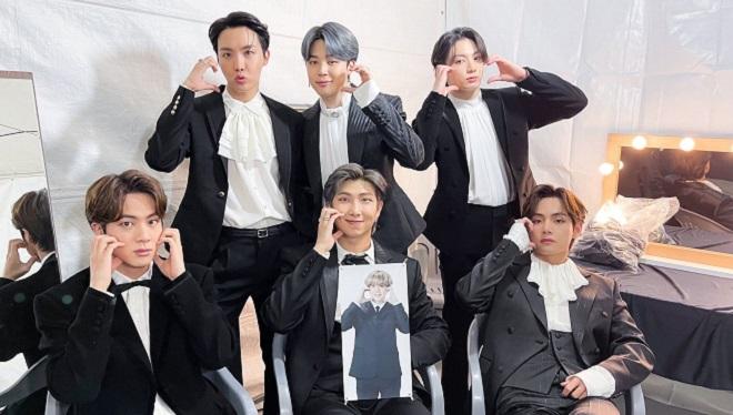 BTS, RM, V, BTS 2020, TMA 2020, Daesang 2020, BTS bị cắt sân khấu, BTS video, ảnh BTS, BTS lễ trao giải 2020, BTS nhận Daesang, BTS tin tức
