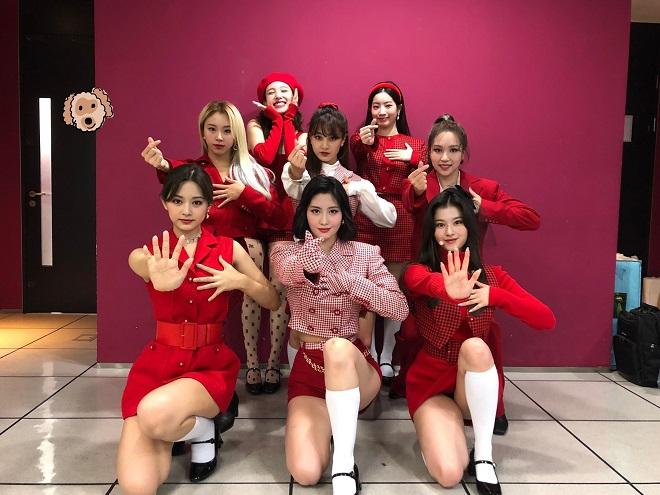 Twice, Nayeon, Thời trang của Twice, Twice 2020, Tzuyu, Mina, Jeongyeon, Dahuyn, Sana, Momo, Jihyo, Chaeyoung, Twice hài hước, ảnh Twice, Twice Nayeon