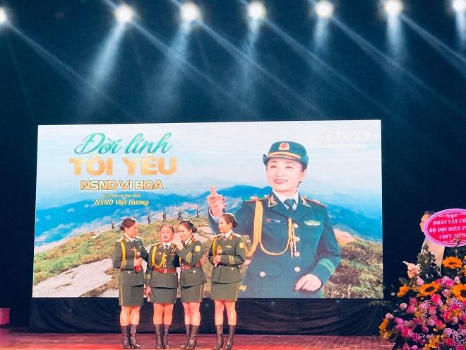 Vi Hoa, NSND Vi Hoa, Đời lính tôi yêu, NSND Vi Hoa phát hành MV giã từ đời quân ngũ, MV Vi Hoa