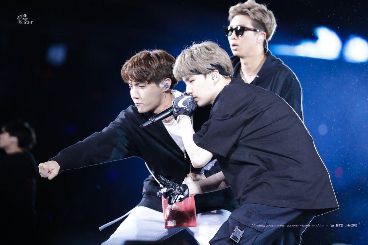 BTS, Blackpink, BigBang, Jennie, Lisa, RM, Suga, J-Hope, BTS Blackpink, Mamamoo, VIXX, Moonbyul, BTS B-free, Taeyang, G-dragon, 5 lần các thần tượng Kpop bảo vệ lẫn nhau