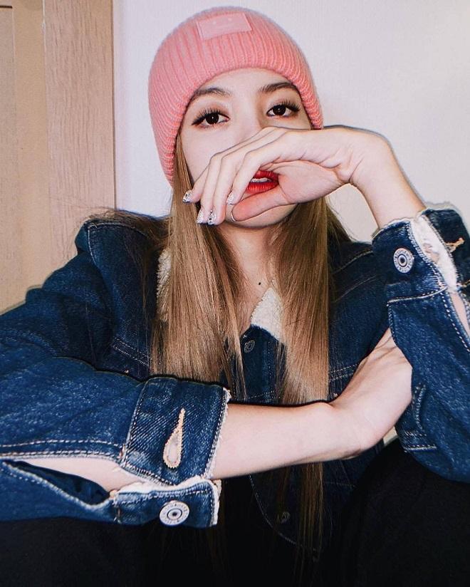 Blackpink, Lisa, BTS, Jimin, Jungkook, EXO, Sehun, NCT, IKON, Taeyoung, Chanwoo, Blackpink đụng hàng, Blackpink hẹn hò, Lisa đồ đôi BTS, Lisa Jungkook, BTS Blackpink