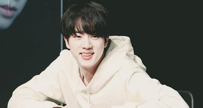 BTS, Jin, Jin BTS, nhan sắc BTS, BTS 2021, BTS tin tức, ảnh Jin, anh cả BTS, nhận xét về BTS, BTS Jin 2021, Jin BTS ảnh đẹp, Jin cute, Jin BTS đáng yêu
