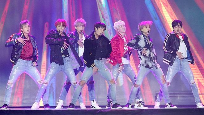 BTS sẽ trở lại với BANGBANGCON vào ngày 17/4 tới