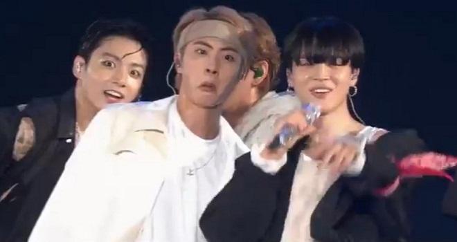 BTS, Jin, Jungkook, V, J-Hope, BTS Sowoozoo, BTS FESTA 2021, BTS sân khấu, Jinkook, Jinkook BTS, BTS Jin Jungkook, Jin Jungkook ảnh, Jinkook video, Jinkook ảnh